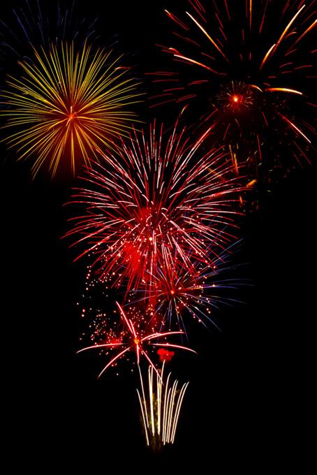 光彩を飾る花火と夜空のテクスチャ