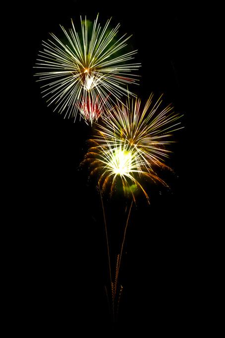 カラフルな花火と夜空のテクスチャ