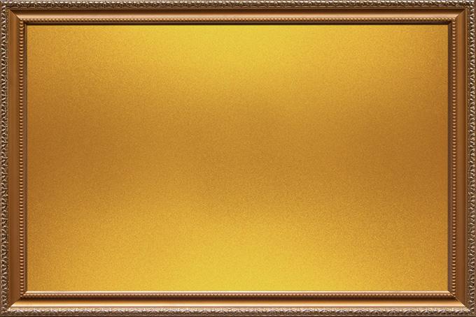 彫金が施されたゴールドの額縁