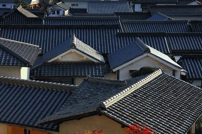 瓦屋根が犇めく和の景観