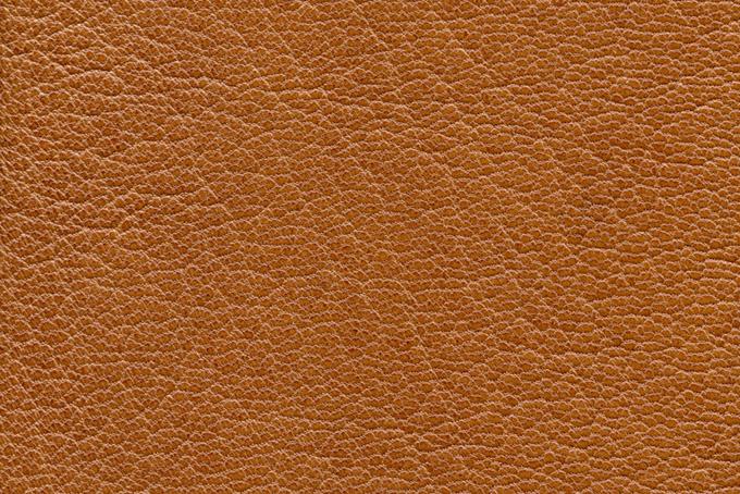 細かい模様が美しい茶色いレザーの画像