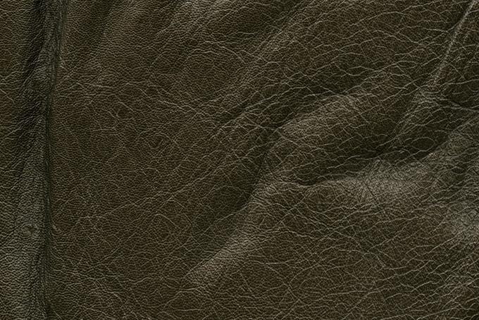 シワの入った牛革のテクスチャ(革 テクスチャのフリー画像)
