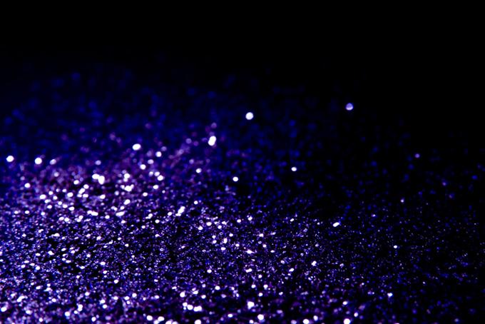 紫色の光の粒