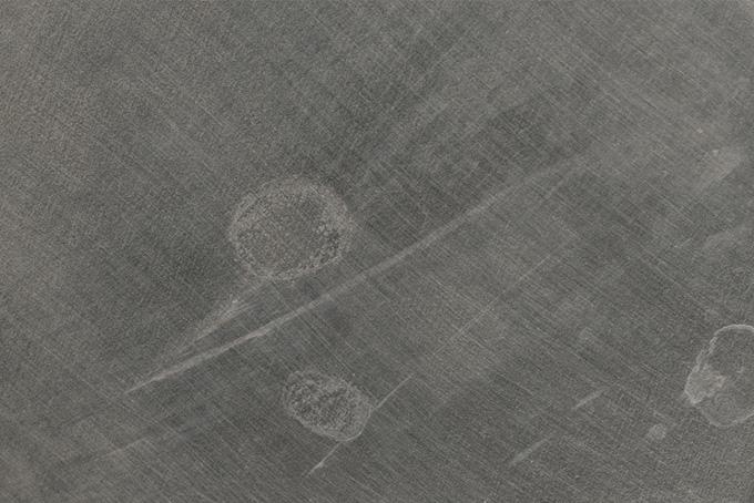 擦り傷がある鉄の写真素材(金属 テクスチャのフリー画像)
