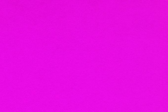 鮮やかなピンク色の紙