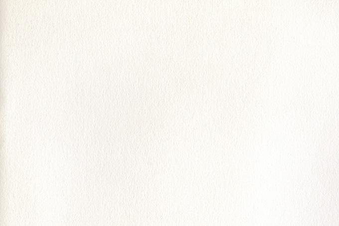 表面の素材が荒い白い紙