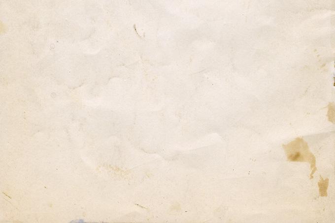汚れや傷のある劣化した紙の素材(紙 テクスチャのフリー画像)