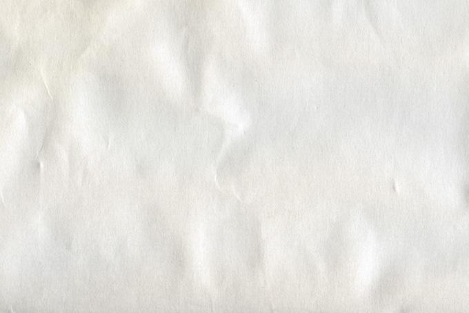 白い紙の傷んだテクスチャ(紙 テクスチャのフリー画像)