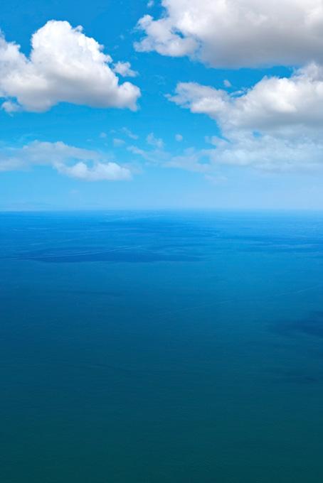 空と海の背景(海の画像)