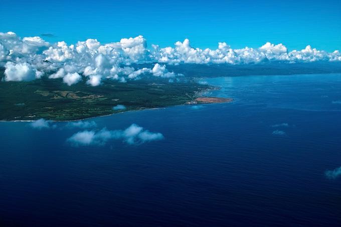 大きな海と遥かに続く陸