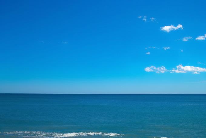 青空と穏やかな海