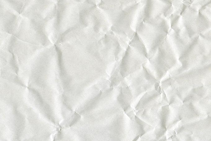 グシャグシャにして広げた紙
