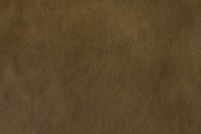 ザラザラとした薄茶色の本革