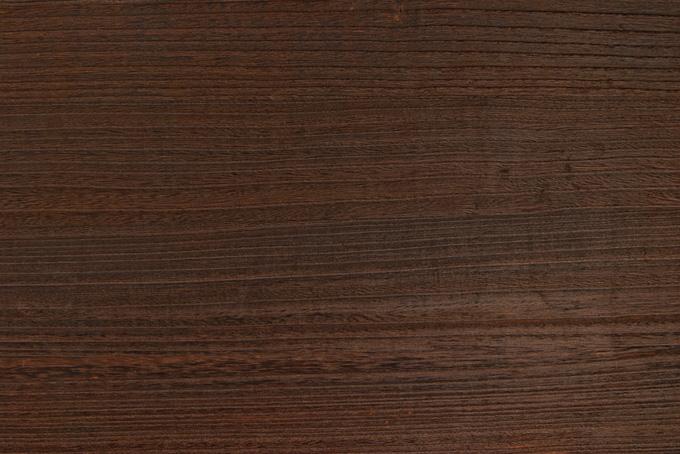 綺麗な木目の筋が入った板のテクスチャの背景