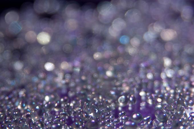 紫色の宝石のような背景