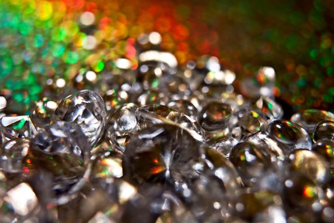 キラキラ光る宝石