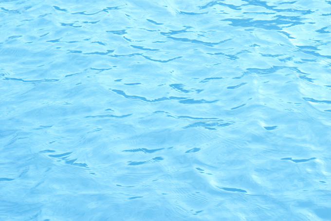 波立つ水面
