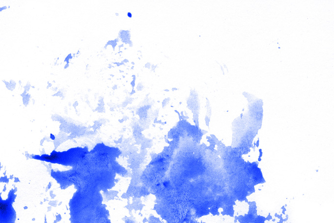 スタンピングした紺色の水彩絵具の背景
