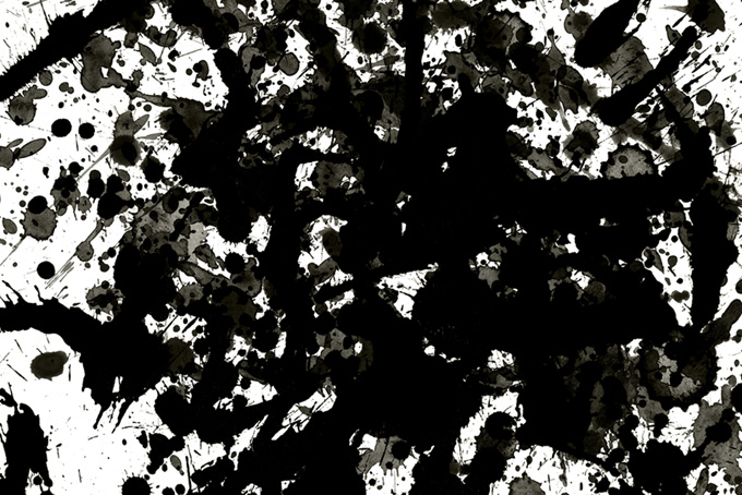 全面を覆う黒いスプラッター(水彩 墨のフリー画像)