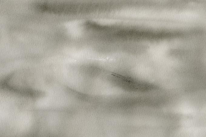 曇空のような滲む墨の和風背景(水彩 和風のフリー画像)