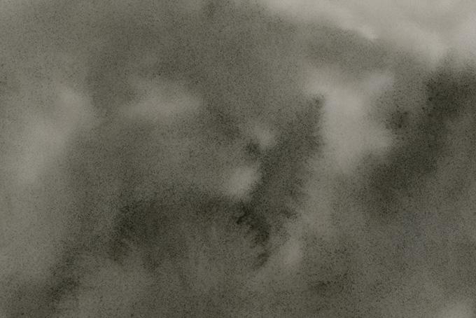 墨がにじむ紙のテクスチャ画像
