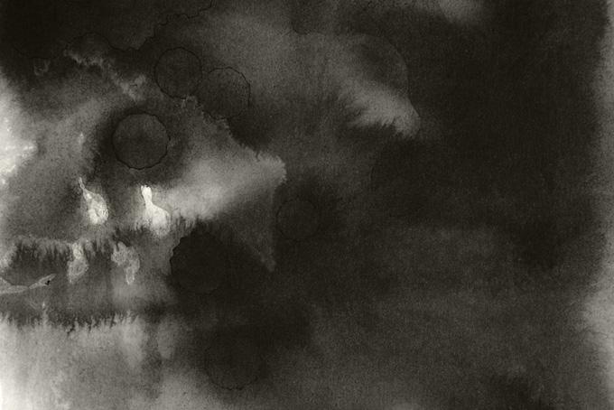 風景のような黒墨のにじみバックグラウンド(水彩 和風のフリー画像)