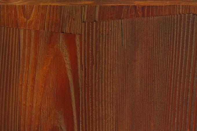 継ぎ接ぎしたタモ木材の板