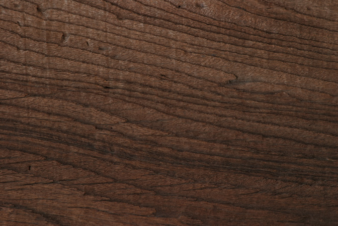 年代を感じる木の壁板