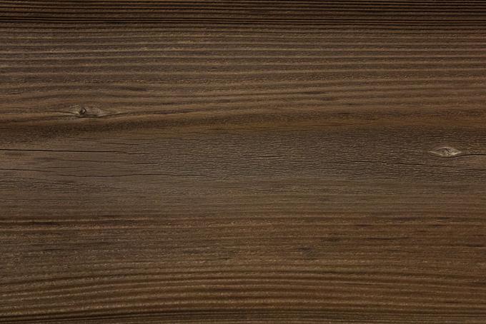 細かい縞模様の木地