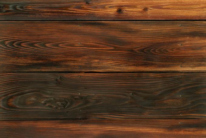 焼き杉板の木壁