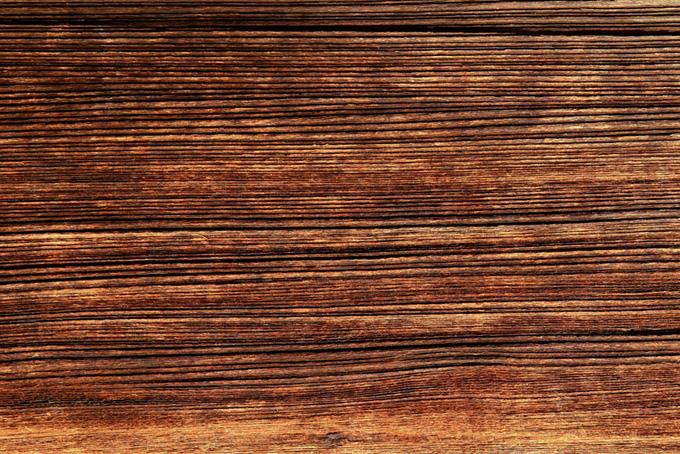深い溝のある木板のテクスチャ