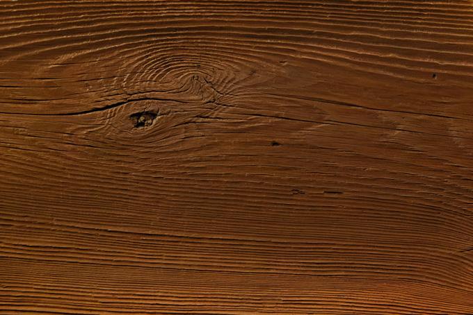 木の節と木目