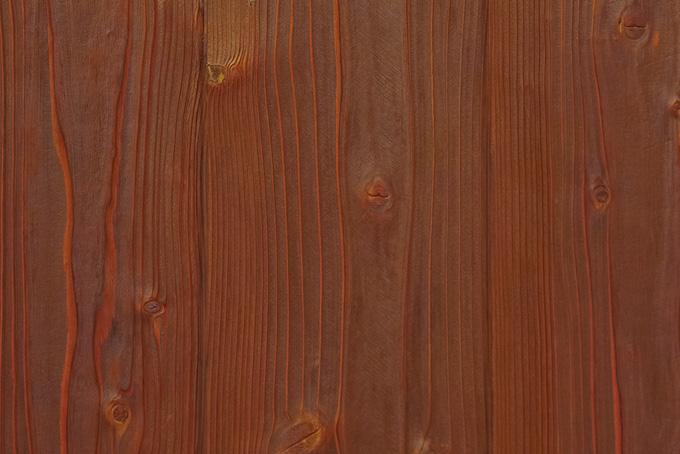 赤茶色の木の壁